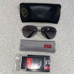 💯% Authentic Ray-Ban RB 3293 🕶
